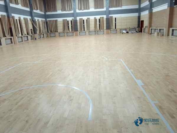 体育馆木地板一平米价格枫桦木