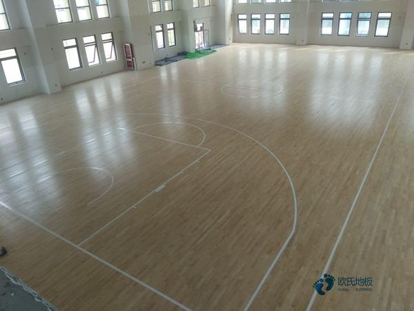 有什么篮球地板厂家报价