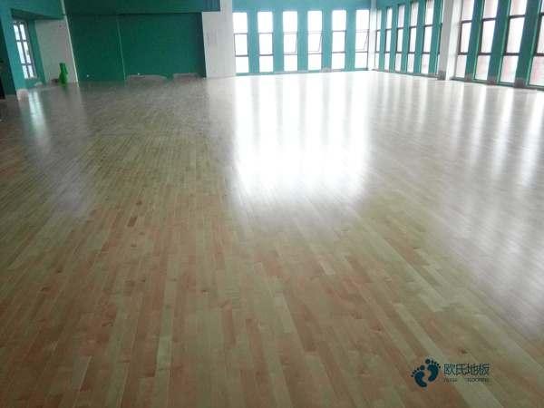 运动篮球木地板价格便宜1