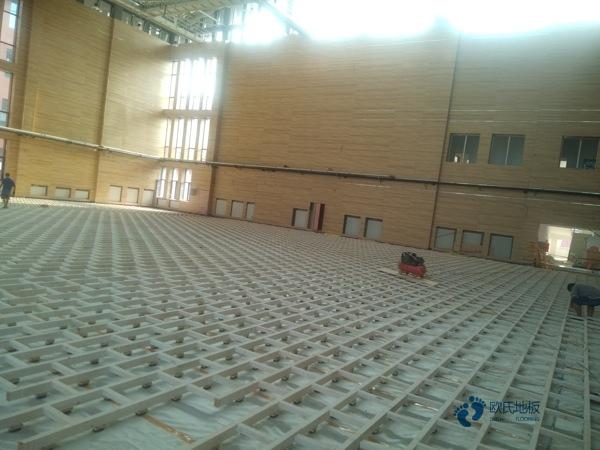 22厚排球馆木地板怎么翻新?