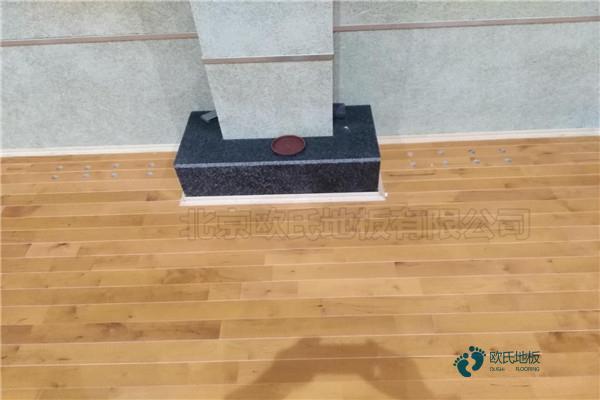 拼装篮球馆木地板价格