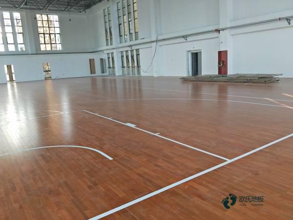 造价是的多少?训练场馆体育运动木地板