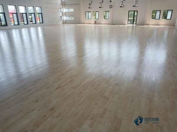 怎么维修?学校运动木地板