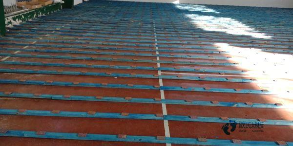 枫桦木篮球场地板多少钱