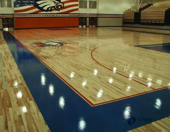学校实木运动地板多少钱一平米?