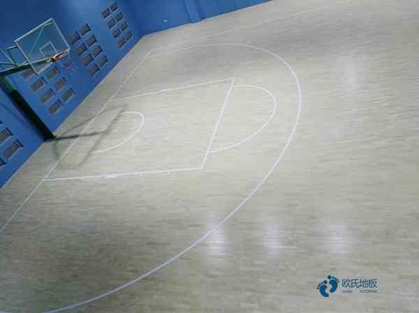 22厚运动篮球地板多少钱一平米?