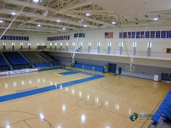 枫桦木运动篮球木地板保养方法
