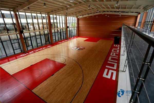 枫桦木运动馆地板怎样保养
