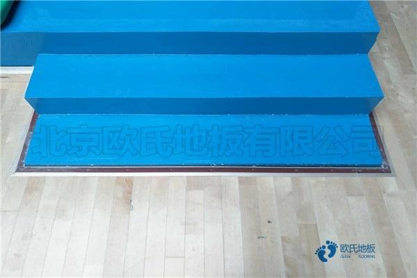 松木实木运动地板防潮