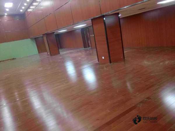 进口体育场馆木地板防潮