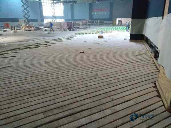 新疆专业实木运动地板厂家