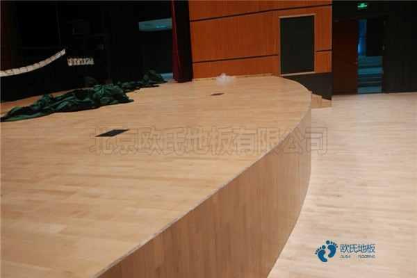五角枫运动篮球地板怎么维修?