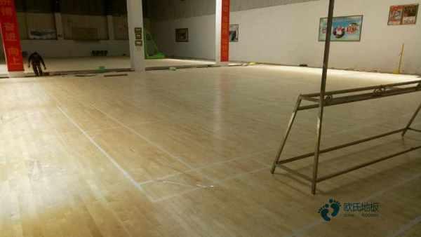 体育运动木地板怎么保养?专业的