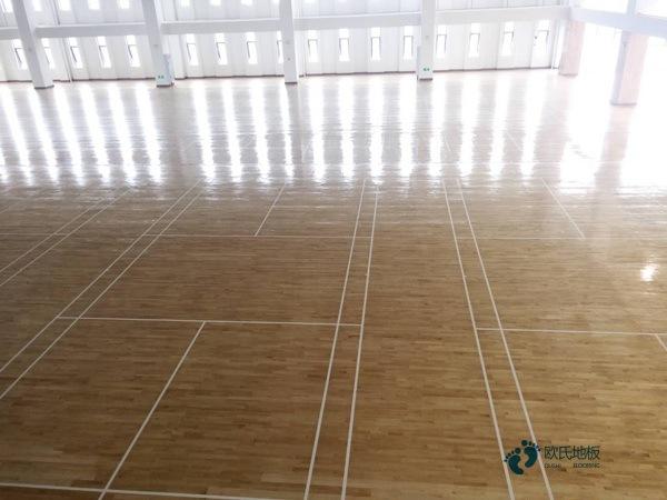 知名体育场馆木地板施工