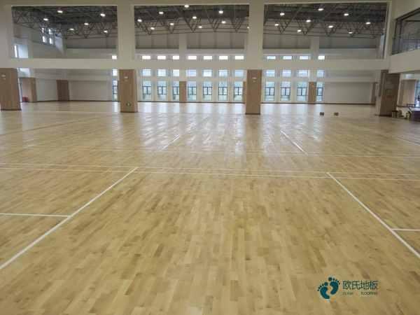 知名体育场馆木地板施工流程