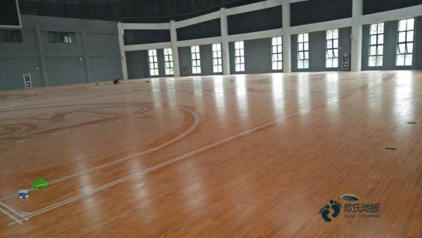 山西篮球木地板怎么安装