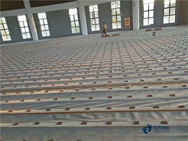 知名篮球场地木地板施工步骤