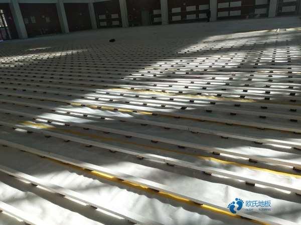 45度斜铺龙骨室内木地板