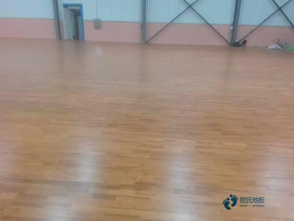 大型体育木地板哪家公司好