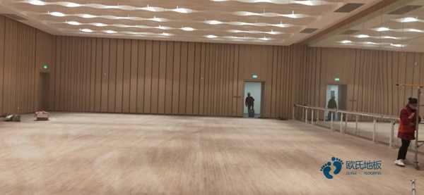 柞木排球馆木地板结构