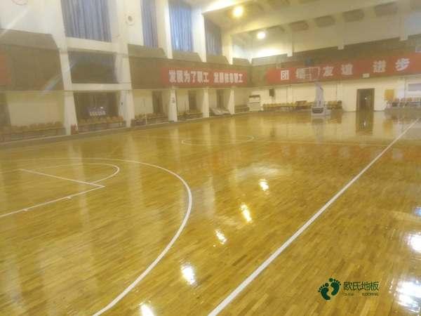 篮球运动木地板施工价格