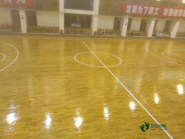 篮球运动木地板每平米价格