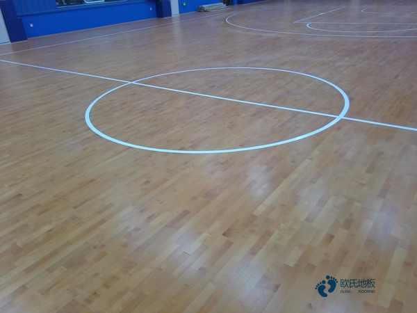 体育地板哪个牌子更好
