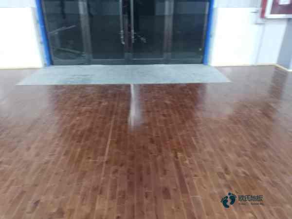 篮球馆木地板造价