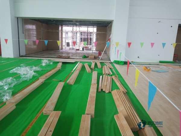 柞木舞台木地板维护