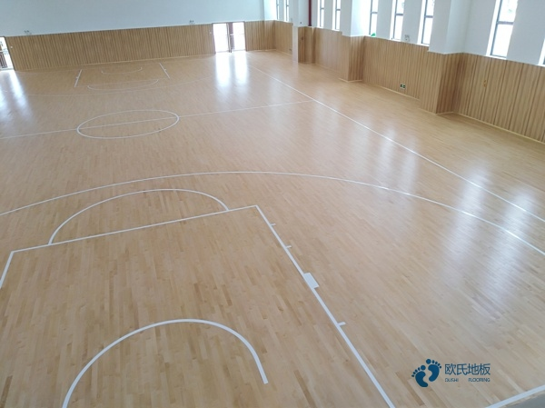 私人体育场馆木地板施工方案