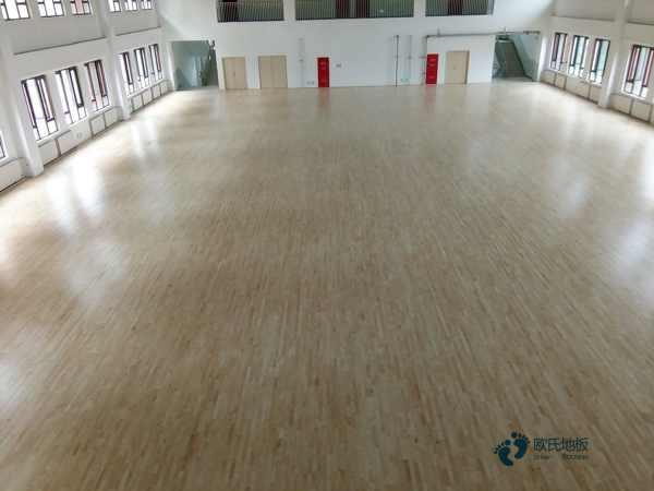 大型篮球馆木地板施工