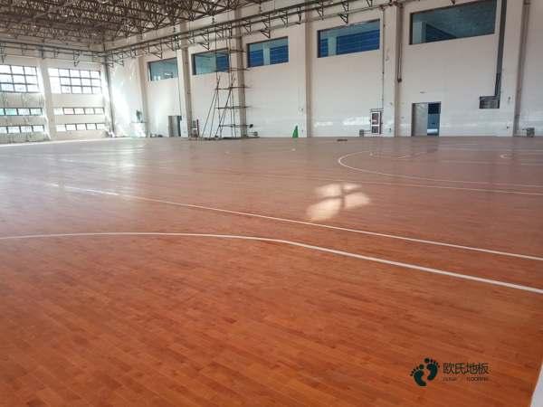 专业篮球馆木地板厂家直销