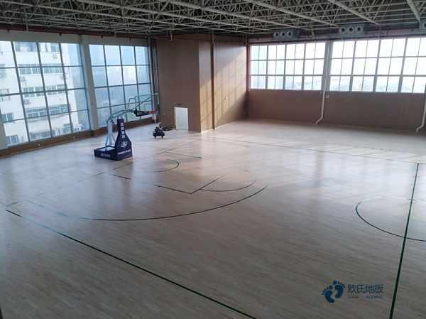 训练馆体育木地板怎么保养