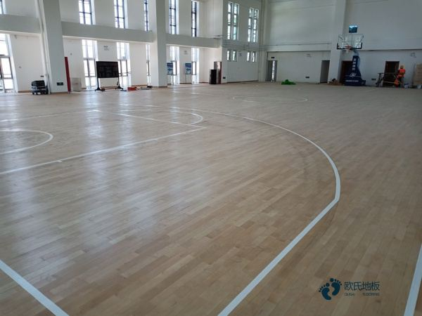 高端篮球场馆地板厂家报价