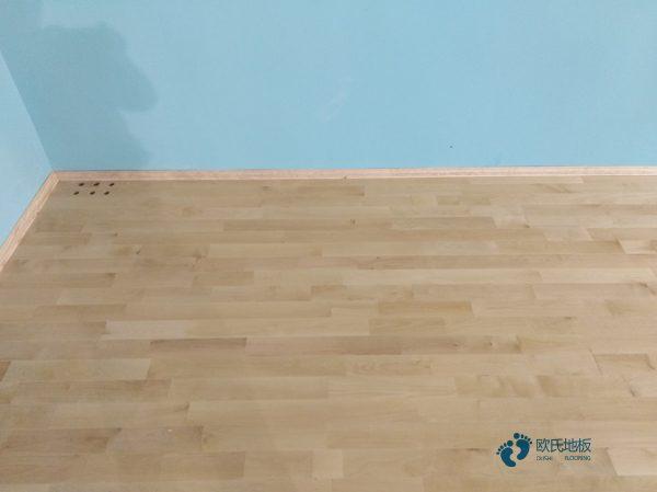 体育运动木地板怎么翻新?22厚