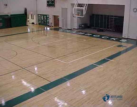 柞木篮球馆地板施工