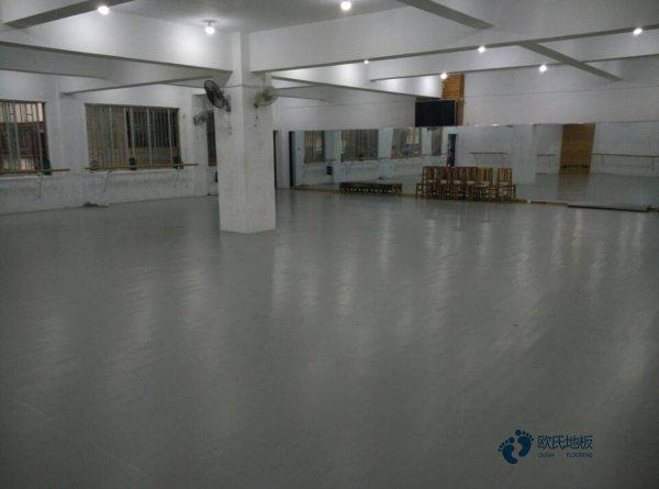 体育场木地板企业