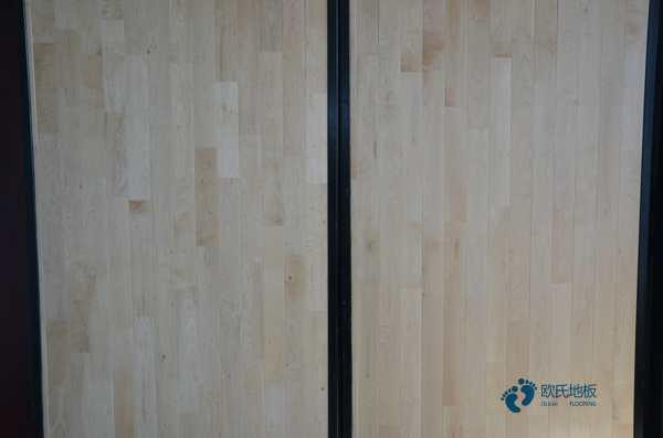 企口体育场馆木地板多少钱一平方