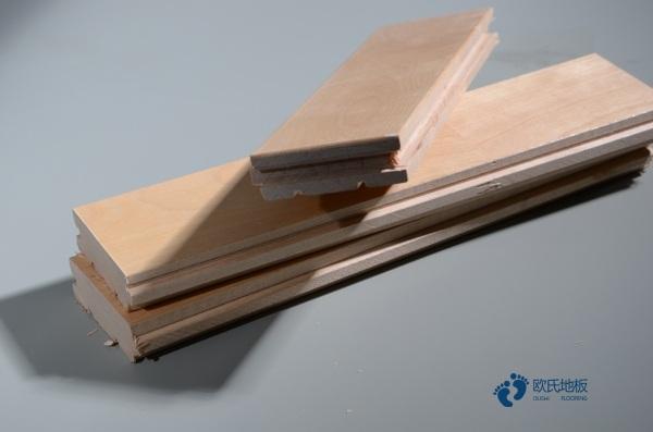 广西枫桦木篮球木地板怎么安装