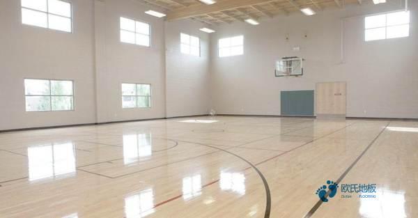 湖北硬木企口篮球场地板怎么安装