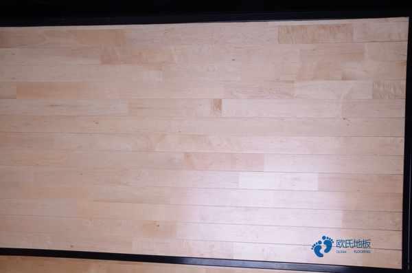 室内运动实木地板怎么维修