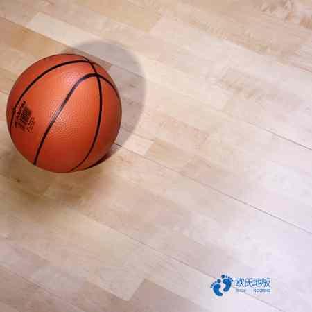 单龙骨体育场地板怎么保养