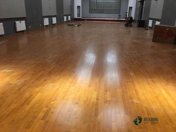 单龙骨体育馆木地板环保