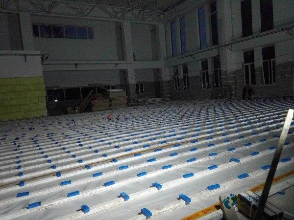 枫桦木舞台木地板多少钱合适