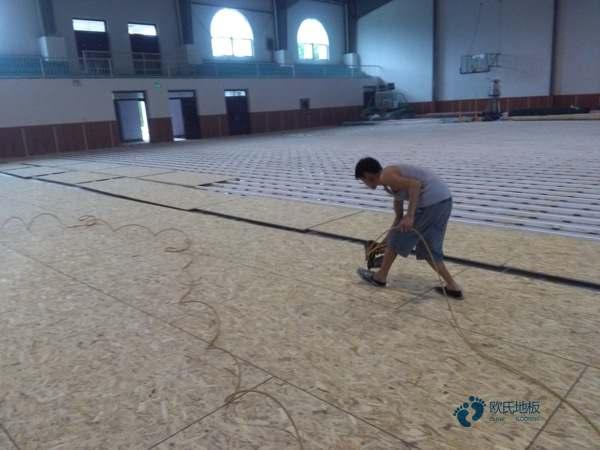 单龙骨篮球木地板环保
