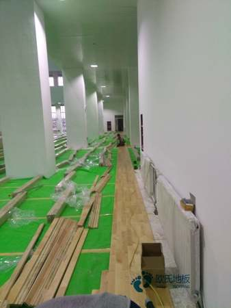 单龙骨篮球运动地板如何保洁