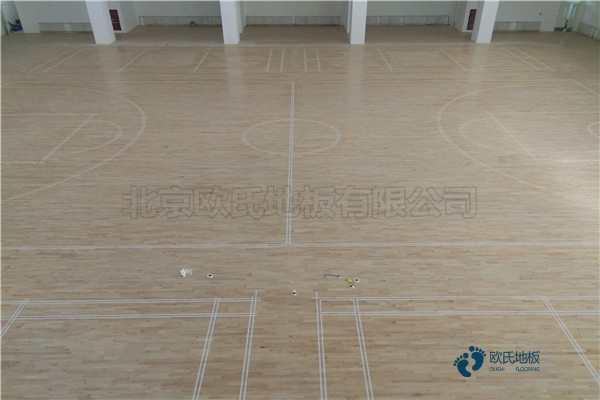 单龙骨篮球运动地板环保吗