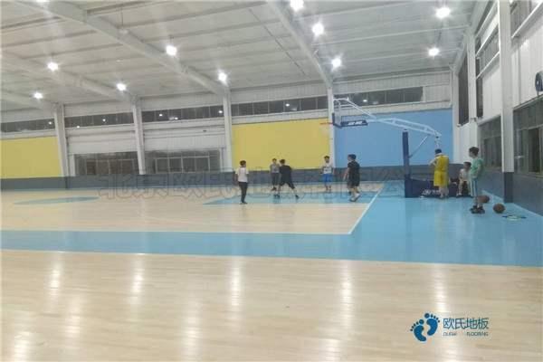 单龙骨篮球运动木地板环保吗