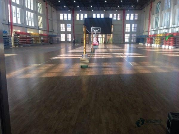 单龙骨篮球馆木地板保养知识