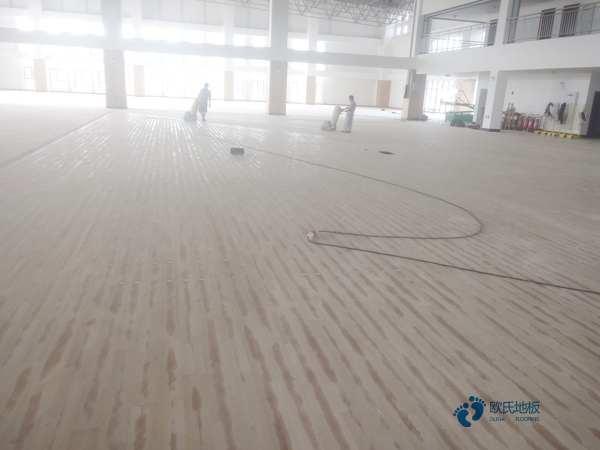 西宁枫木篮球场地板是多少钱